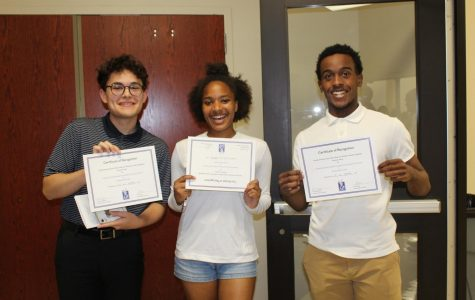 School Board Recognizes Brentwood Student Council