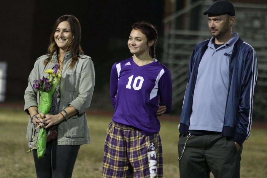 Zoe Krause and her parents listen as her food Instagram page gets a shoutout!
